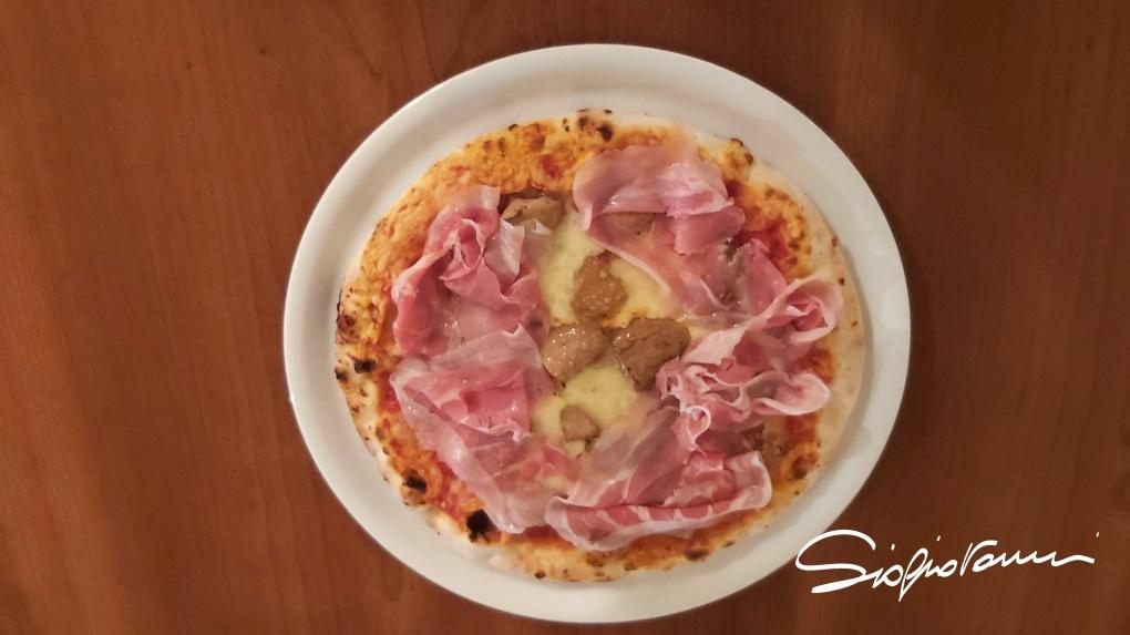 20191219_200906 pizza brie porcini pancetta coppata